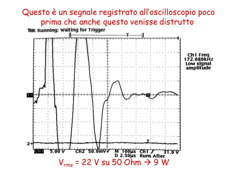 Questo è un segnale registrato all'oscilloscopio poco