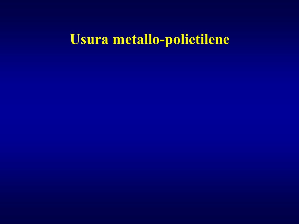 Usura metallo-polietilene