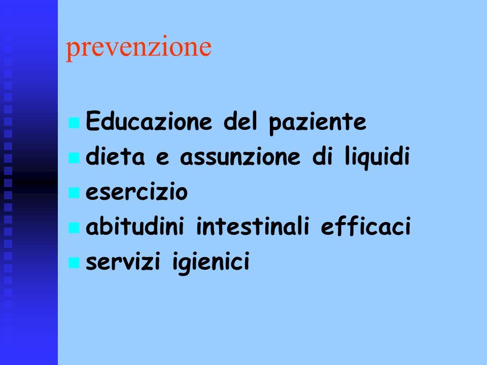 prevenzione Educazione del paziente dieta e assunzione di liquidi