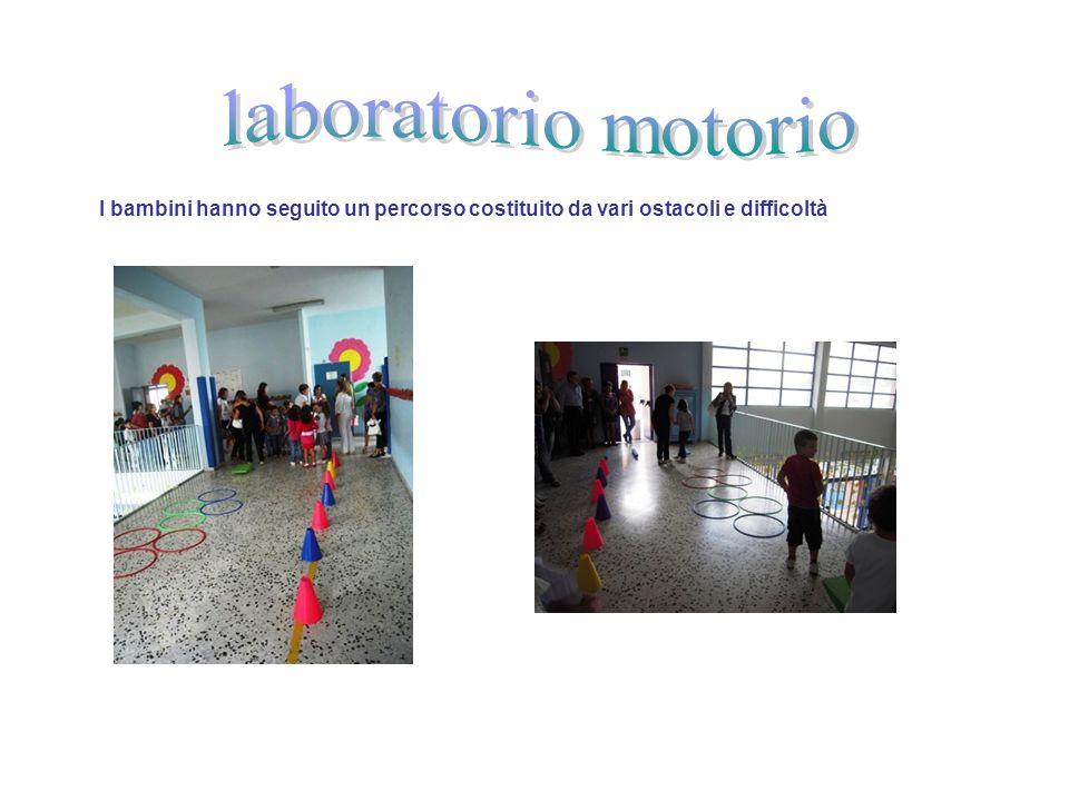 laboratorio motorio I bambini hanno seguito un percorso costituito da vari ostacoli e difficoltà