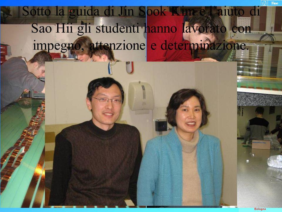 Sotto la guida di Jin Sook Kim e l'aiuto di Sao Hii gli studenti hanno lavorato con impegno, attenzione e determinazione.