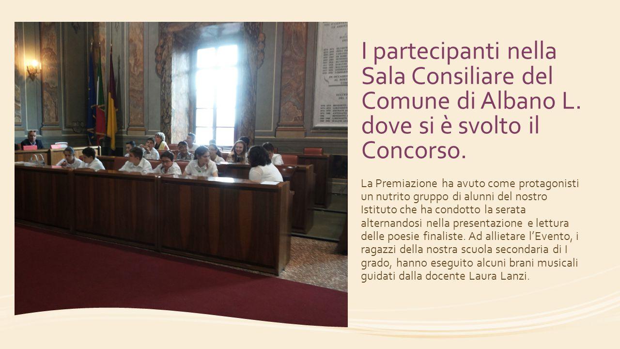 I partecipanti nella Sala Consiliare del Comune di Albano L