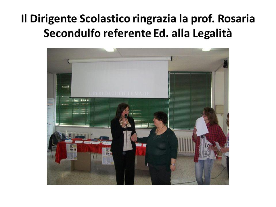 Il Dirigente Scolastico ringrazia la prof