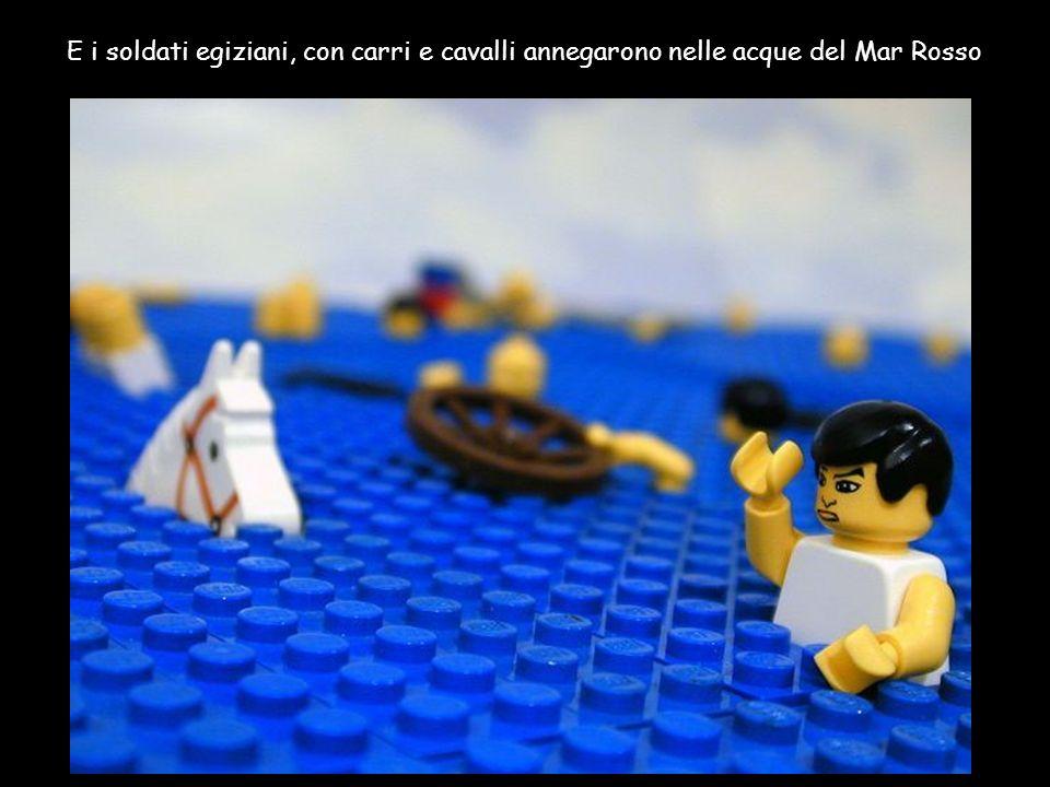 E i soldati egiziani, con carri e cavalli annegarono nelle acque del Mar Rosso