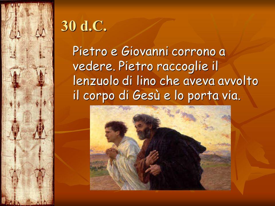 30 d.C. Pietro e Giovanni corrono a vedere.