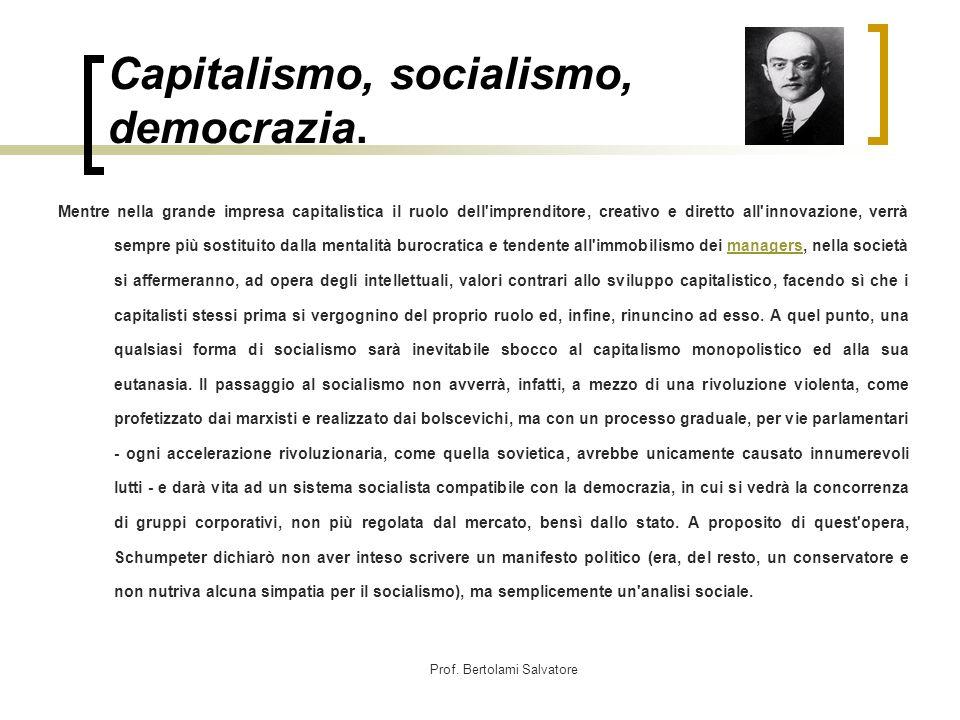 Capitalismo, socialismo, democrazia.