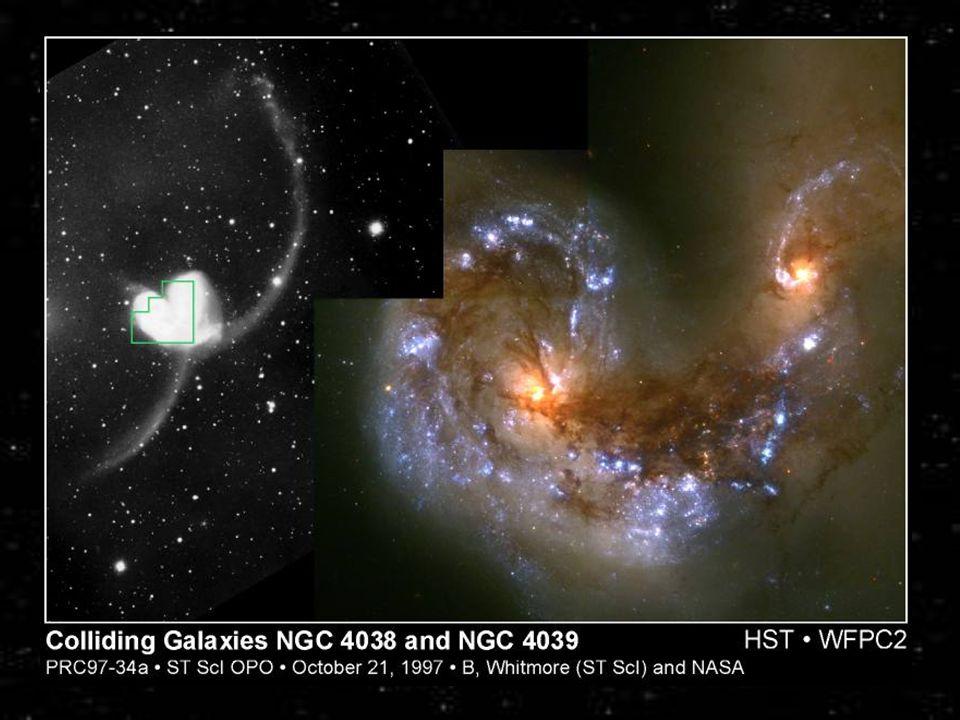 Le SuperAntennae sono uno degli esempi più spettacolari di scontri fra galassie. Le due galassie progenitrici erano molto probabilmente due spirali. Di esse restano le parti centrali che si stanno fondendo e due code estese, probabilmente il resto dei bracci di spirale completamente svolti. L'ingrandimento ottenuto con osservazioni di Hubble Space Telescope mostra numerose nuove regioni di formazione stellare.
