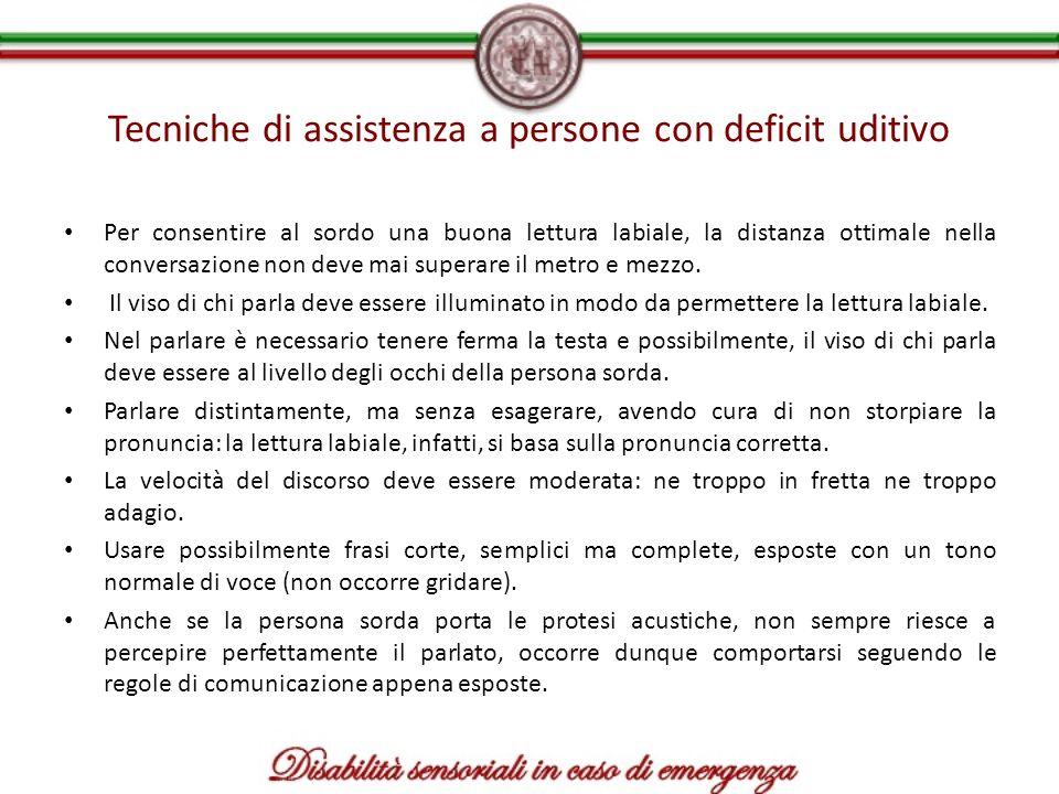 Tecniche di assistenza a persone con deficit uditivo