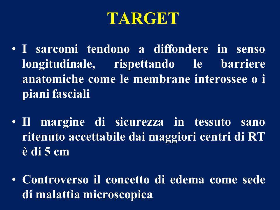 TARGET I sarcomi tendono a diffondere in senso longitudinale, rispettando le barriere anatomiche come le membrane interossee o i piani fasciali.