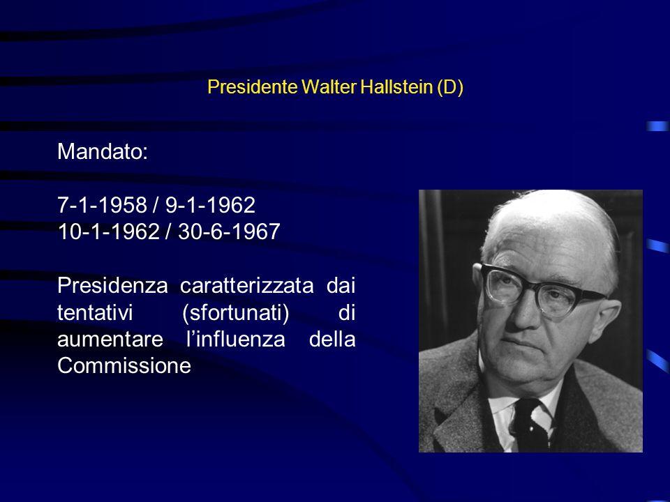 Presidente Walter Hallstein (D)