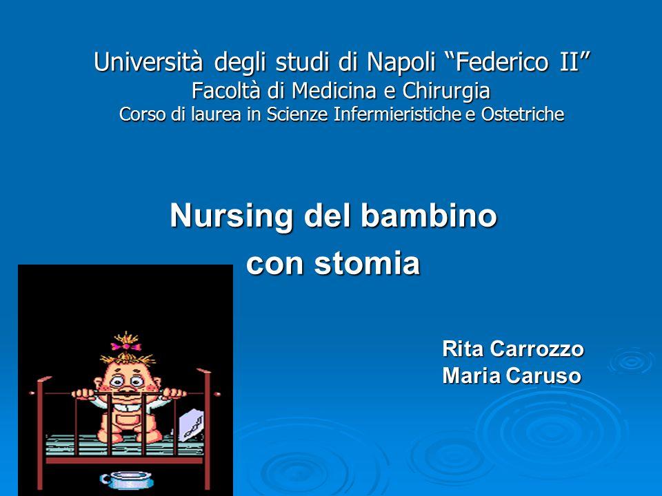 Nursing del bambino con stomia