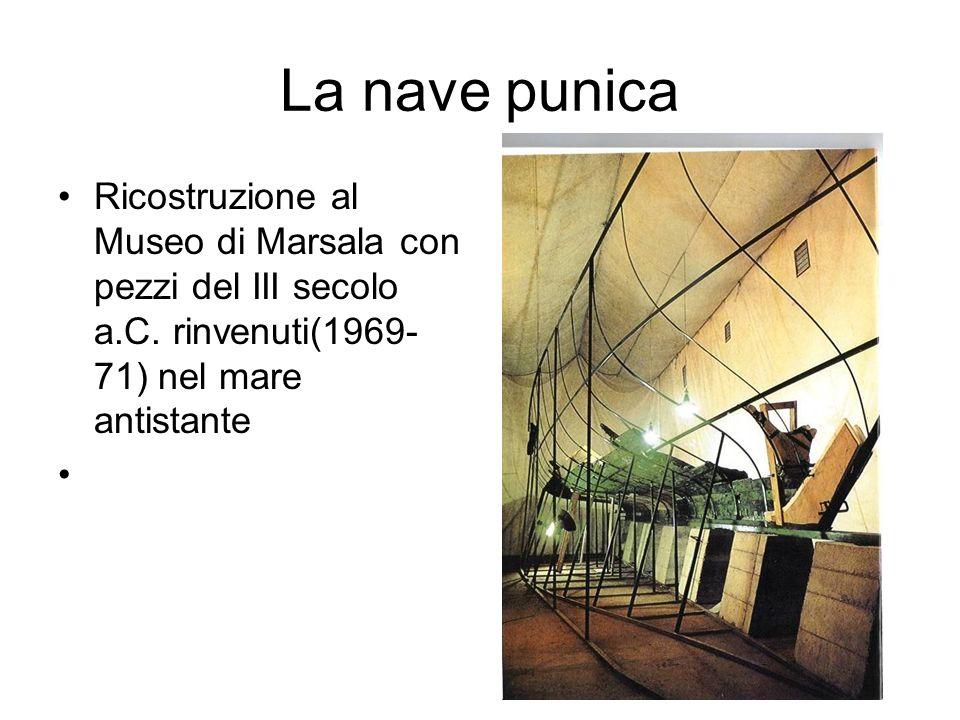 La nave punica Ricostruzione al Museo di Marsala con pezzi del III secolo a.C.