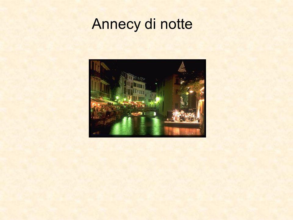 Annecy di notte