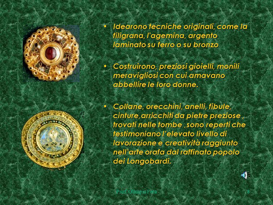 Idearono tecniche originali, come la filigrana, l agemina, argento laminato su ferro o su bronzo