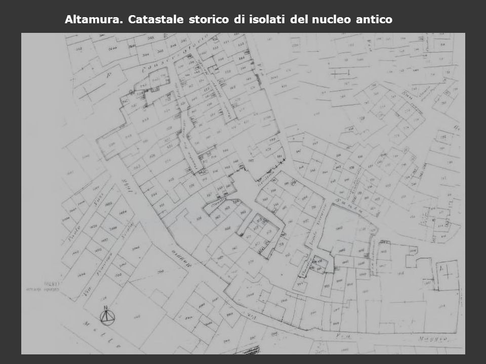 Altamura. Catastale storico di isolati del nucleo antico