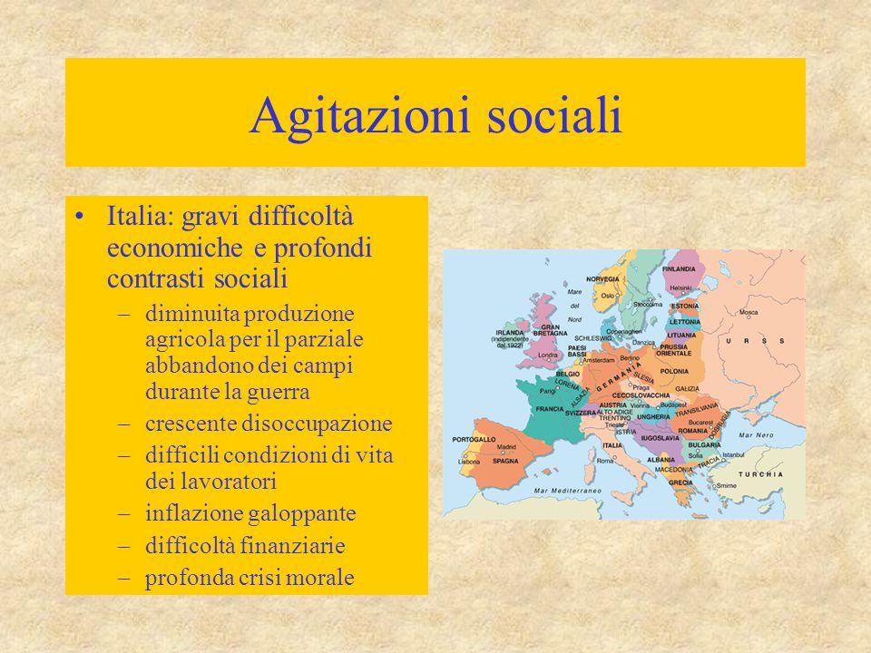 Agitazioni sociali Italia: gravi difficoltà economiche e profondi contrasti sociali.