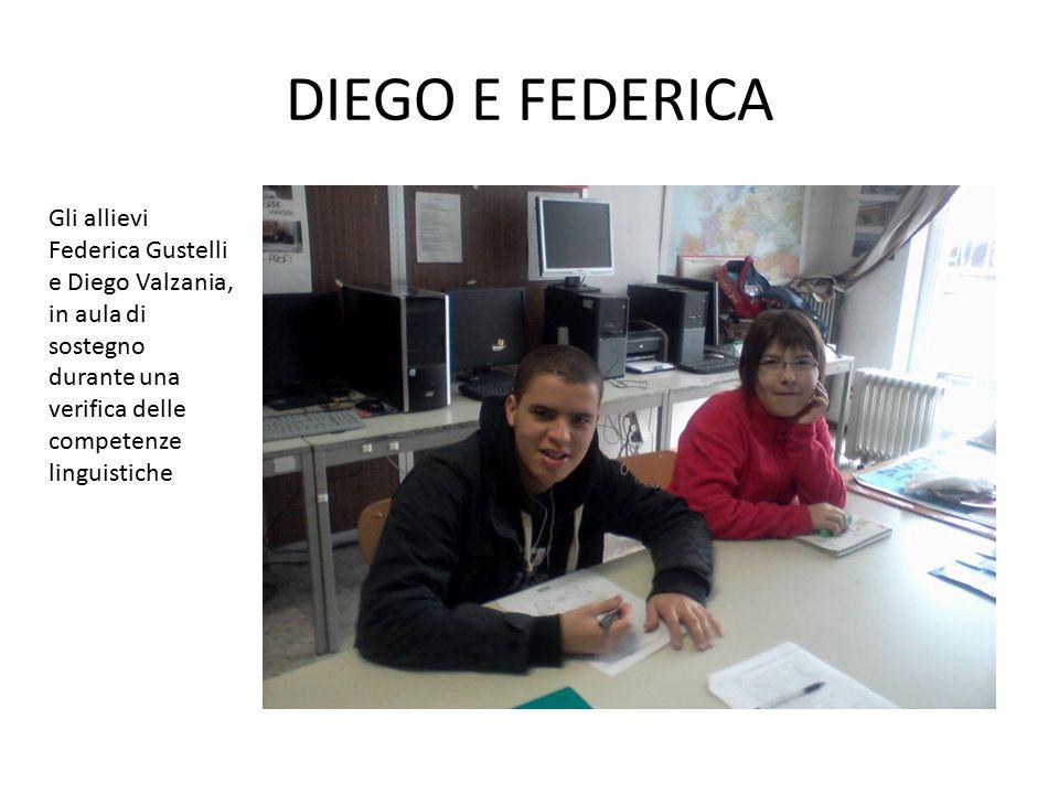 DIEGO E FEDERICA Gli allievi Federica Gustelli e Diego Valzania, in aula di sostegno durante una verifica delle competenze linguistiche.
