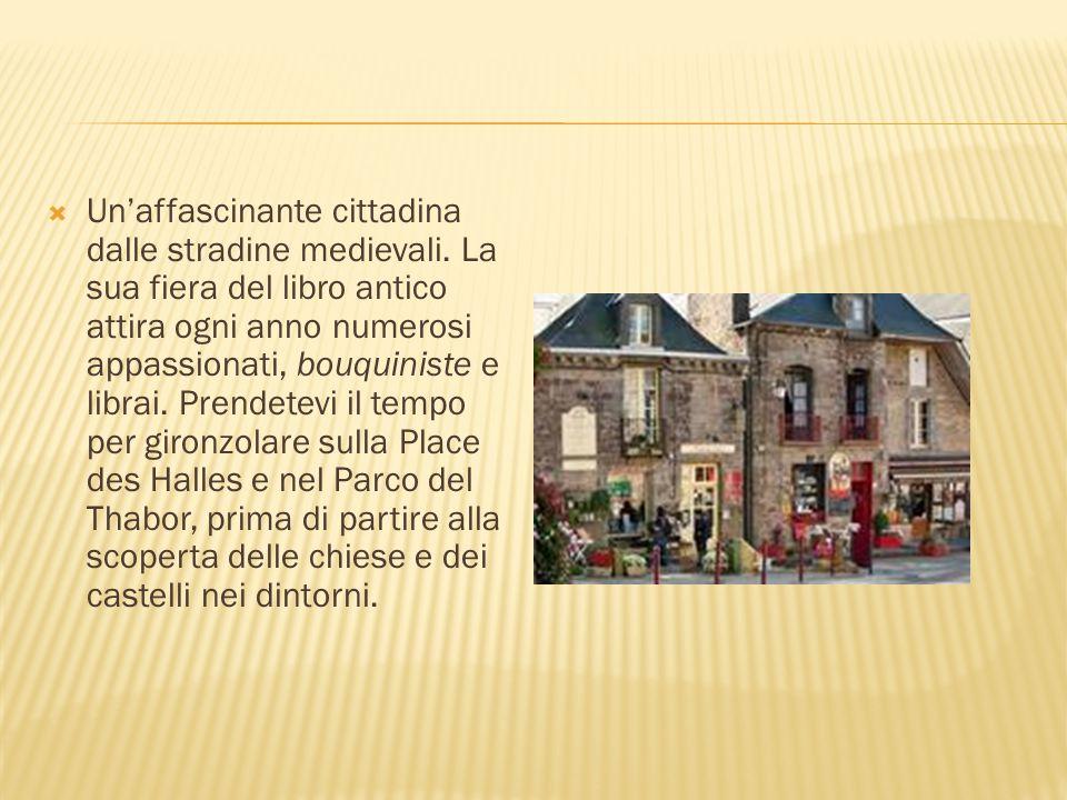 Un'affascinante cittadina dalle stradine medievali