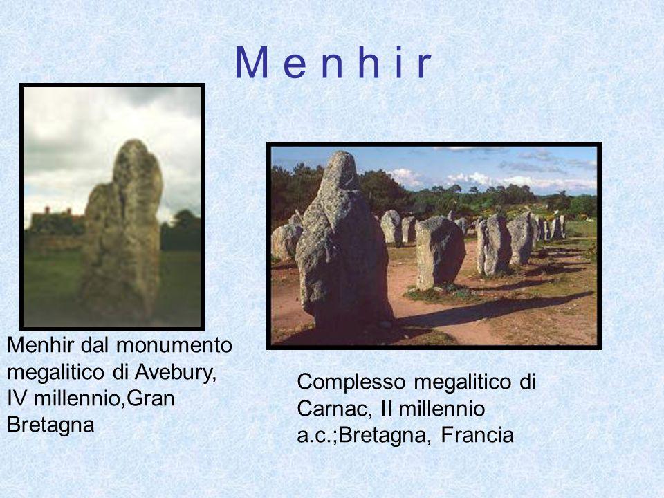 M e n h i r Menhir dal monumento megalitico di Avebury, IV millennio,Gran Bretagna.