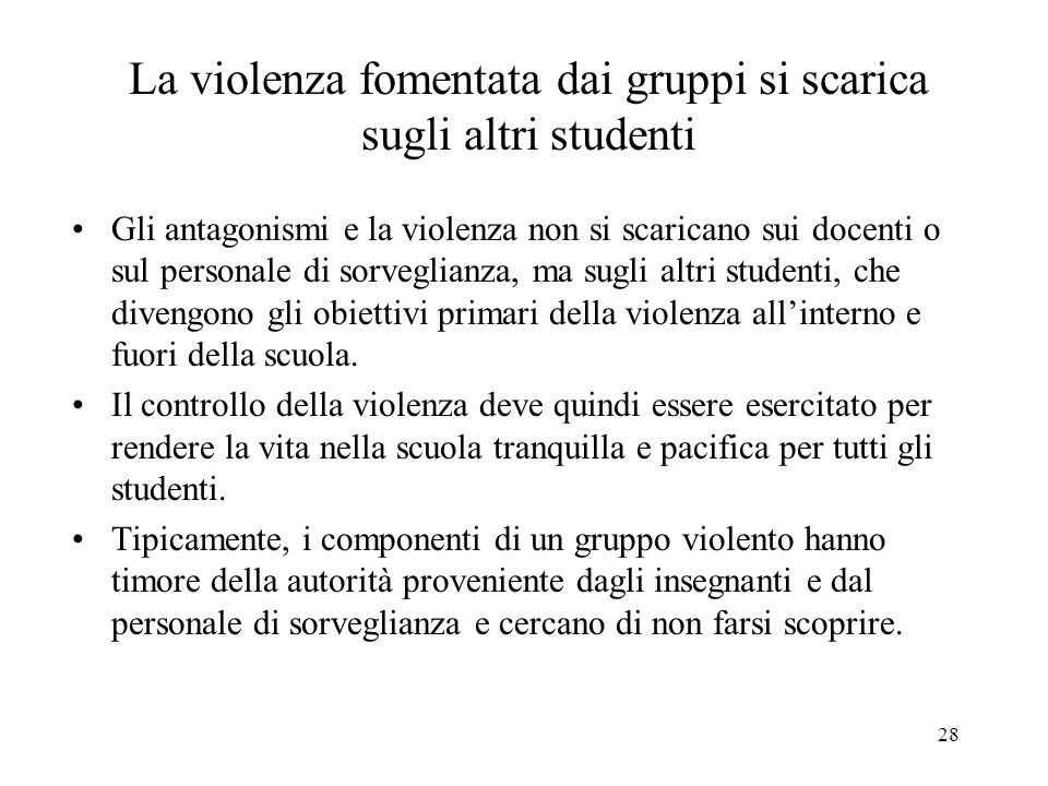 La violenza fomentata dai gruppi si scarica sugli altri studenti