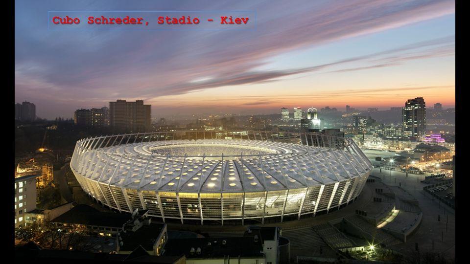 Cubo Schreder, Stadio - Kiev