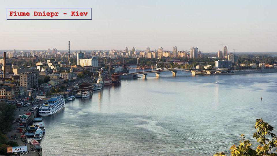 Fiume Dniepr - Kiev