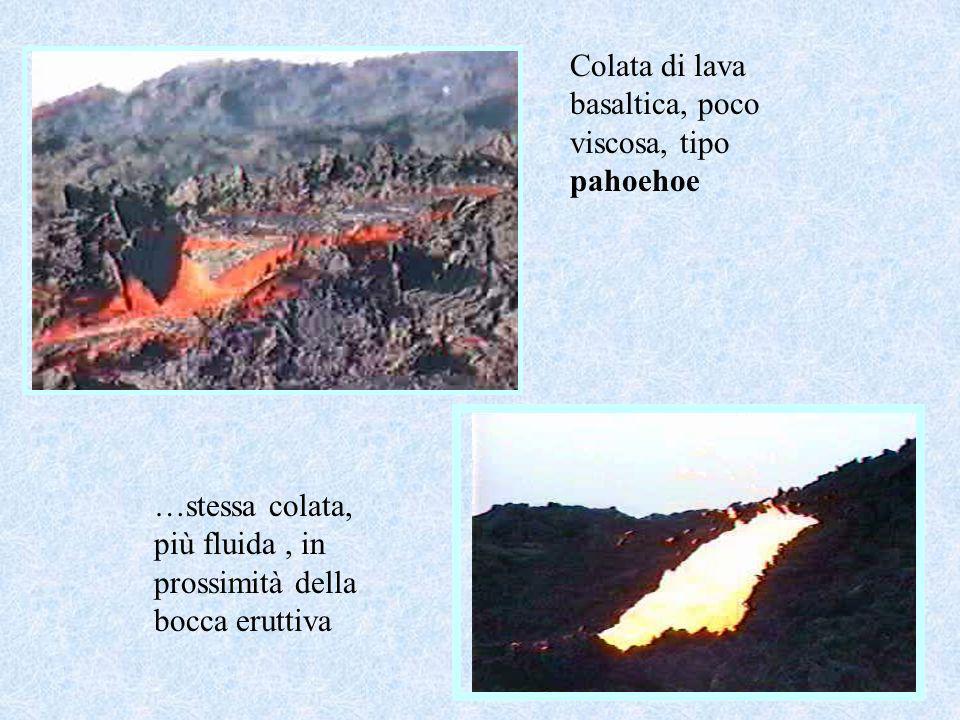 Colata di lava basaltica, poco viscosa, tipo pahoehoe