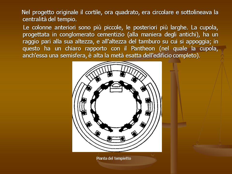Nel progetto originale il cortile, ora quadrato, era circolare e sottolineava la centralità del tempio.