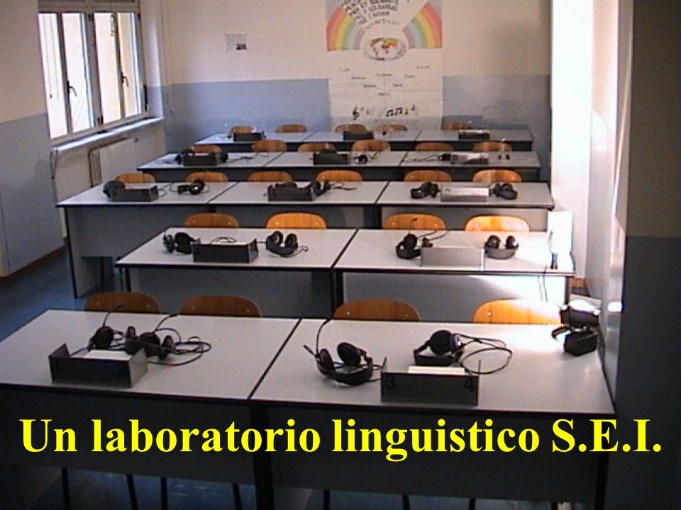 Un laboratorio linguistico S.E.I.