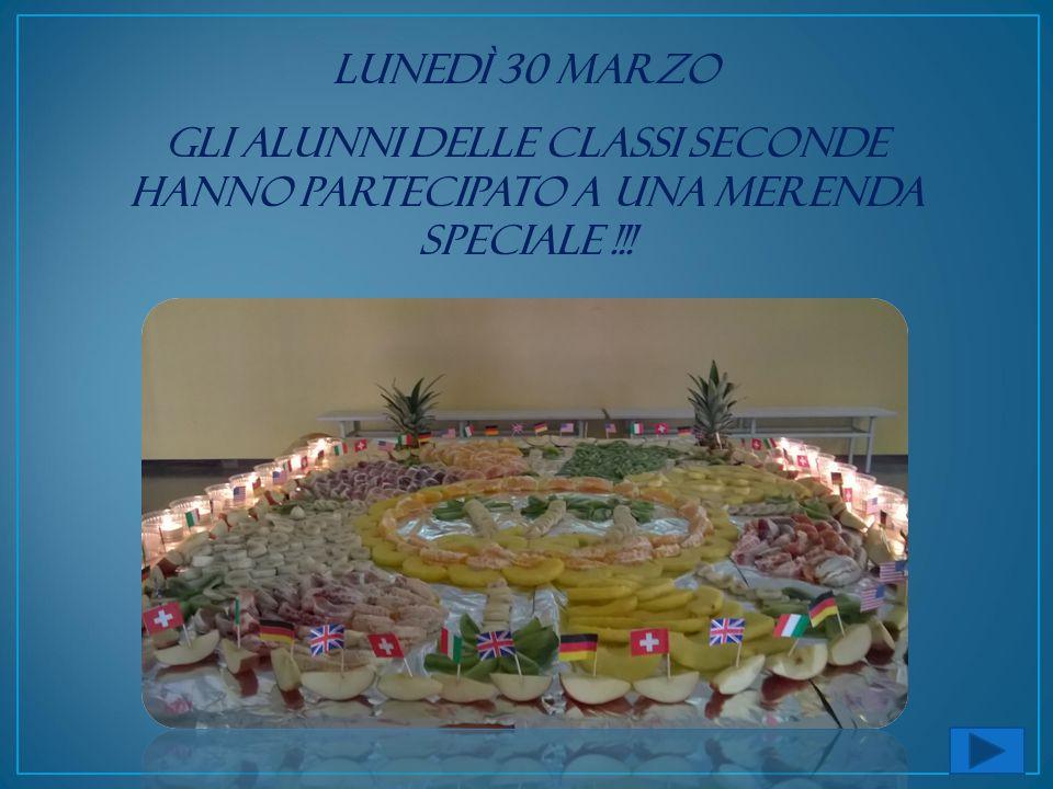 Lunedì 30 marzo gli alunni delle classi seconde hanno partecipato a una merenda speciale !!!