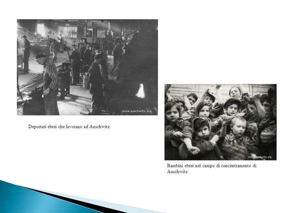 Deportati ebrei che lavorano ad Auschwitz