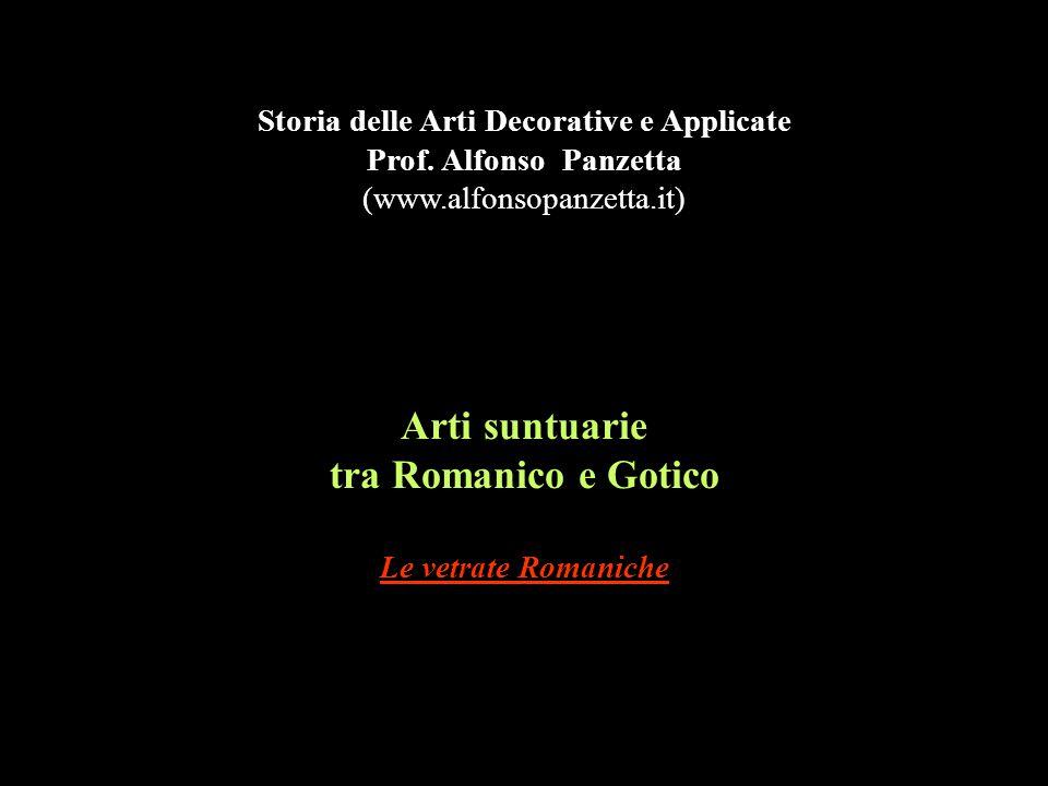 Arti suntuarie tra Romanico e Gotico Le vetrate Romaniche