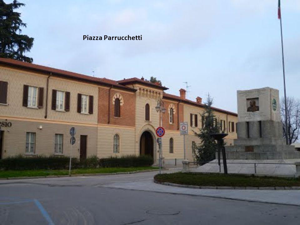 Piazza Parrucchetti
