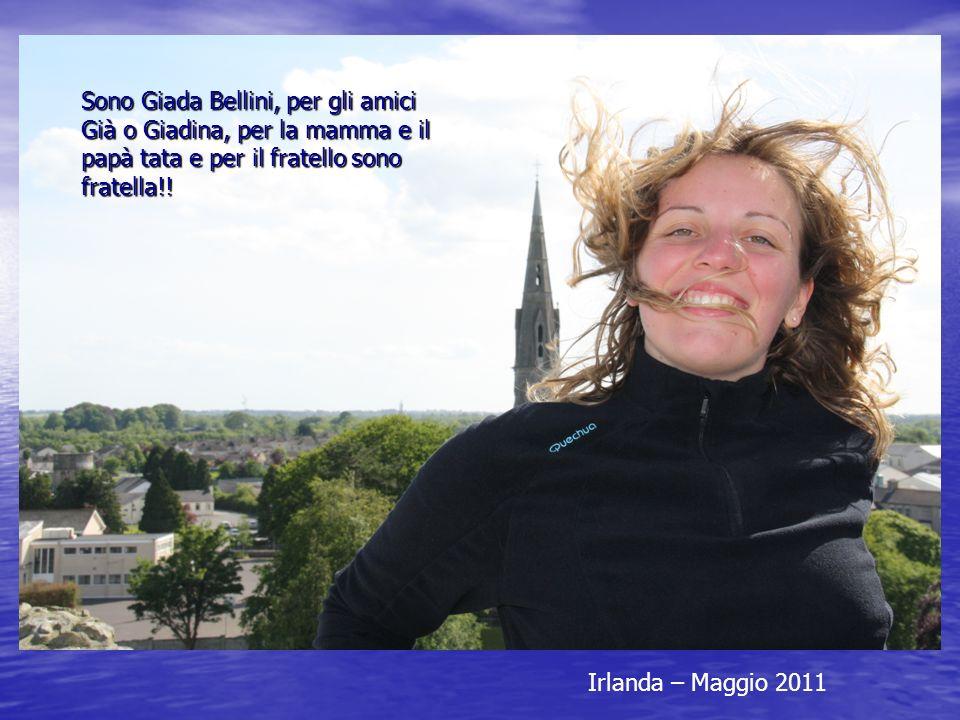 Sono Giada Bellini, per gli amici Già o Giadina, per la mamma e il papà tata e per il fratello sono fratella!!