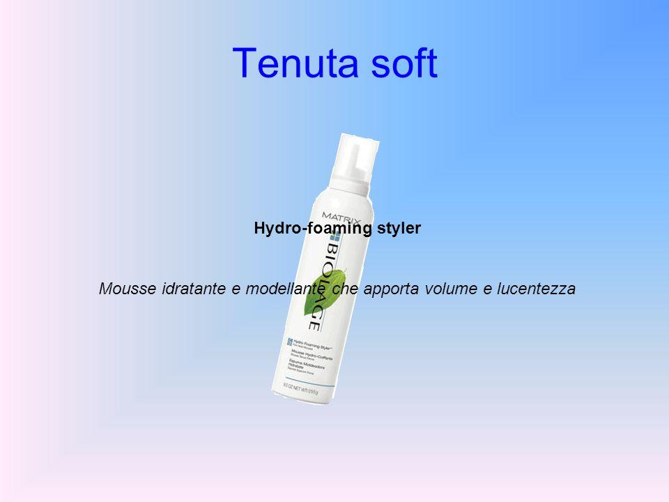 Mousse idratante e modellante che apporta volume e lucentezza