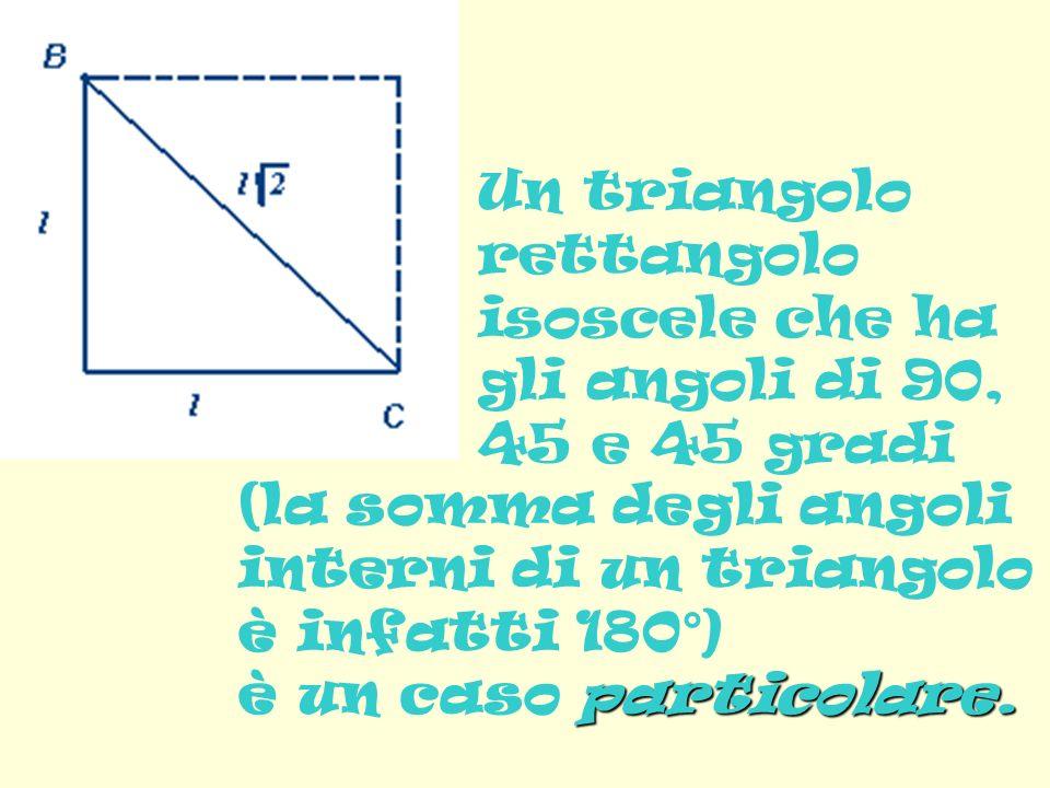 Un triangolo rettangolo isoscele che ha gli angoli di 90, 45 e 45 gradi