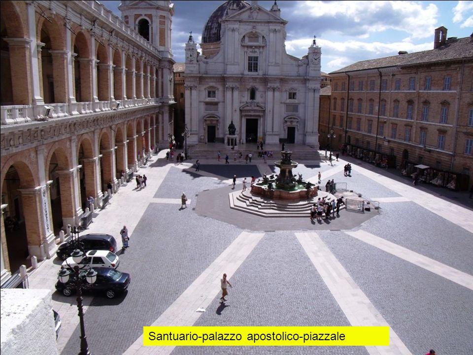Santuario-palazzo apostolico-piazzale