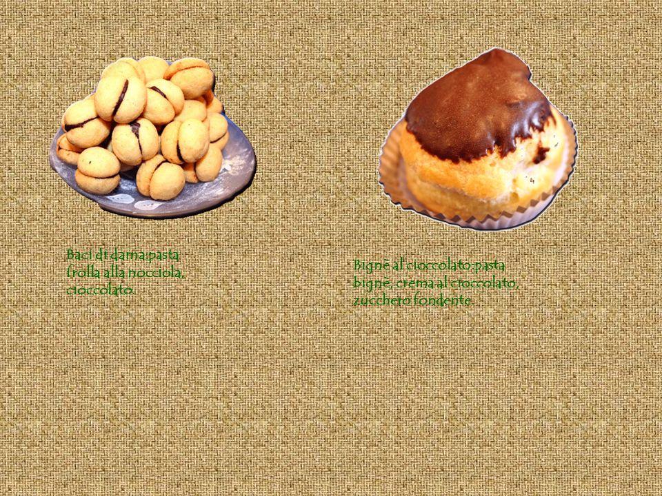 Baci di dama:pasta frolla alla nocciola, cioccolato.