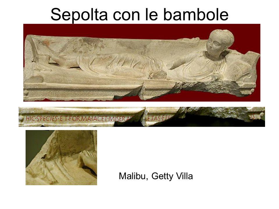 Sepolta con le bambole Malibu, Getty Villa