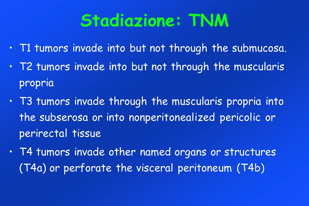 Stadiazione: TNM T1 tumors invade into but not through the submucosa.