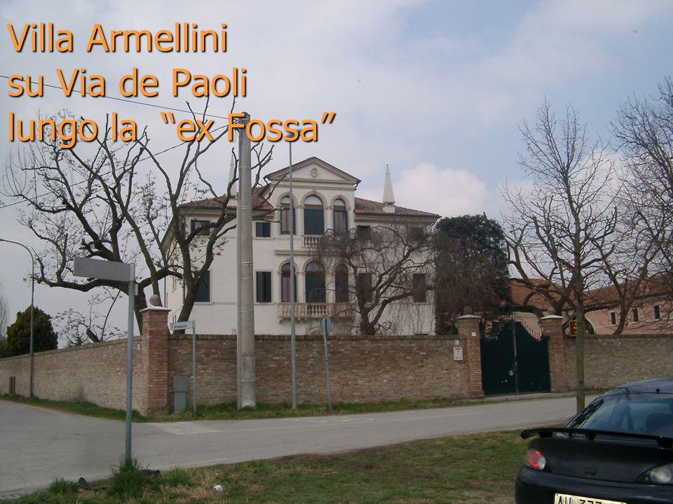 Villa Armellini su Via de Paoli lungo la ex Fossa