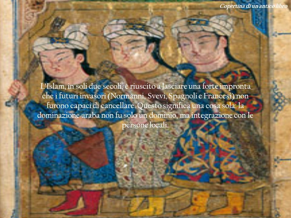Copertina di un antico libro