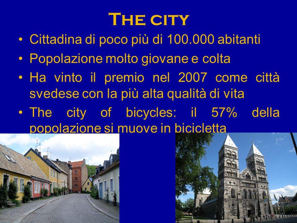 The city Cittadina di poco più di 100.000 abitanti