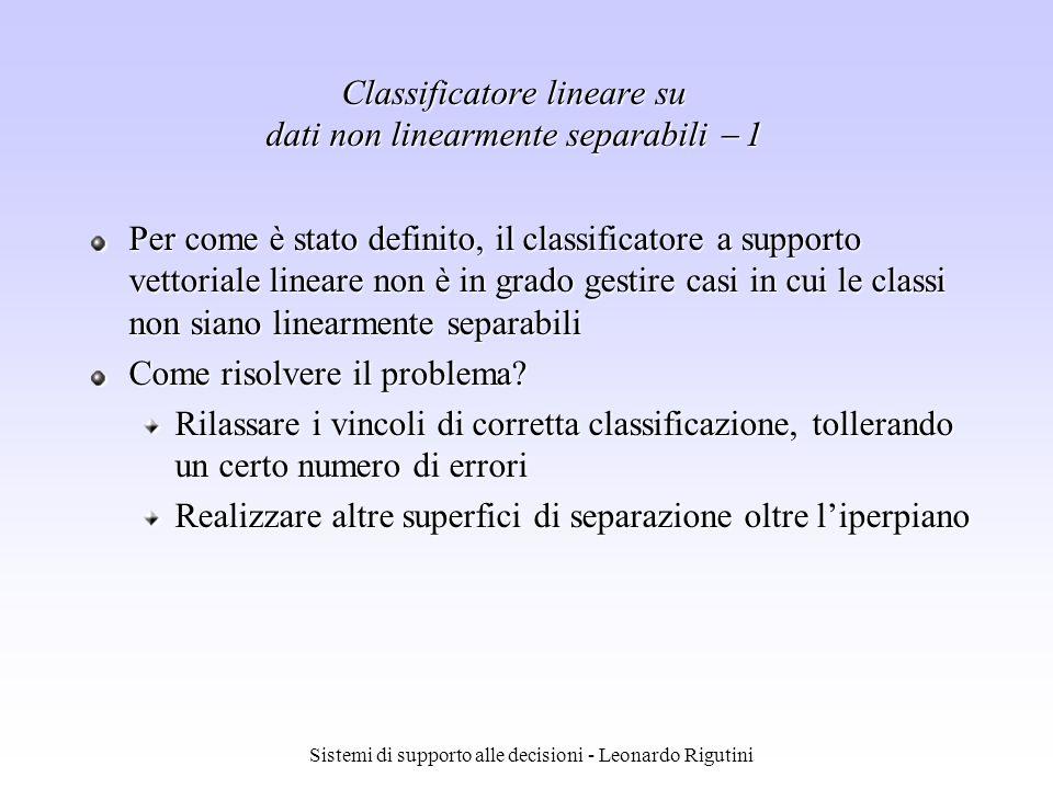 Classificatore lineare su dati non linearmente separabili  1
