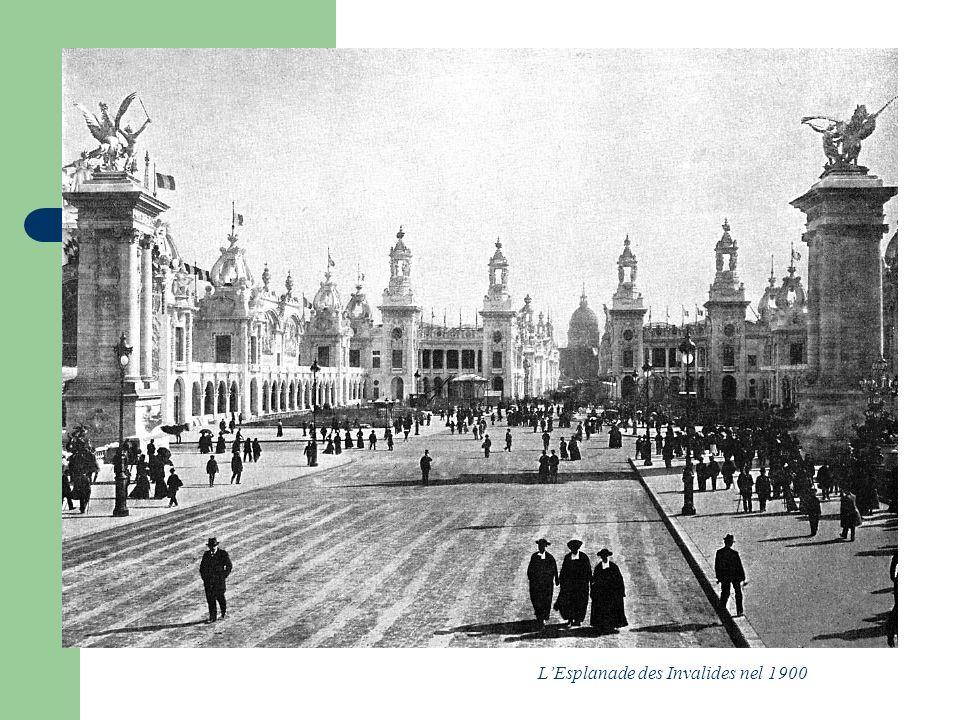 L'Esplanade des Invalides nel 1900