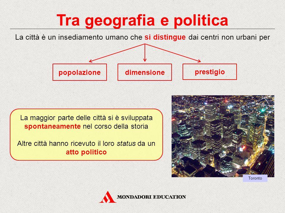 Tra geografia e politica
