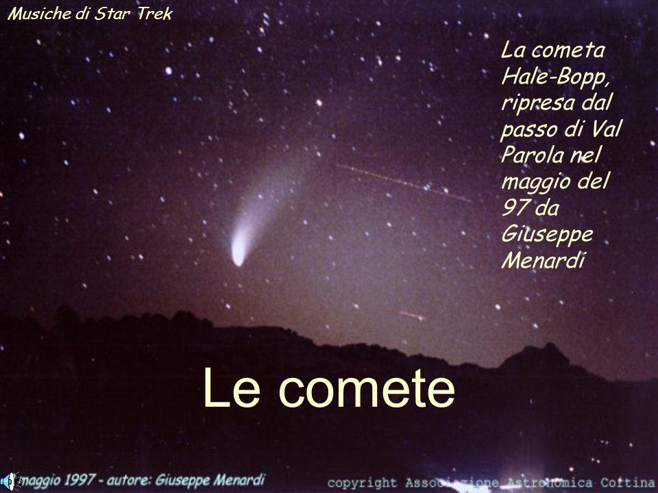 Musiche di Star Trek La cometa Hale-Bopp, ripresa dal passo di Val Parola nel maggio del 97 da Giuseppe Menardi.