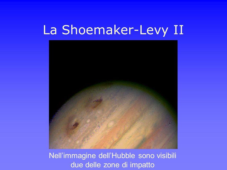 Nell'immagine dell'Hubble sono visibili due delle zone di impatto