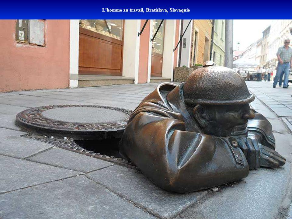 L'homme au travail, Bratislava, Slovaquie