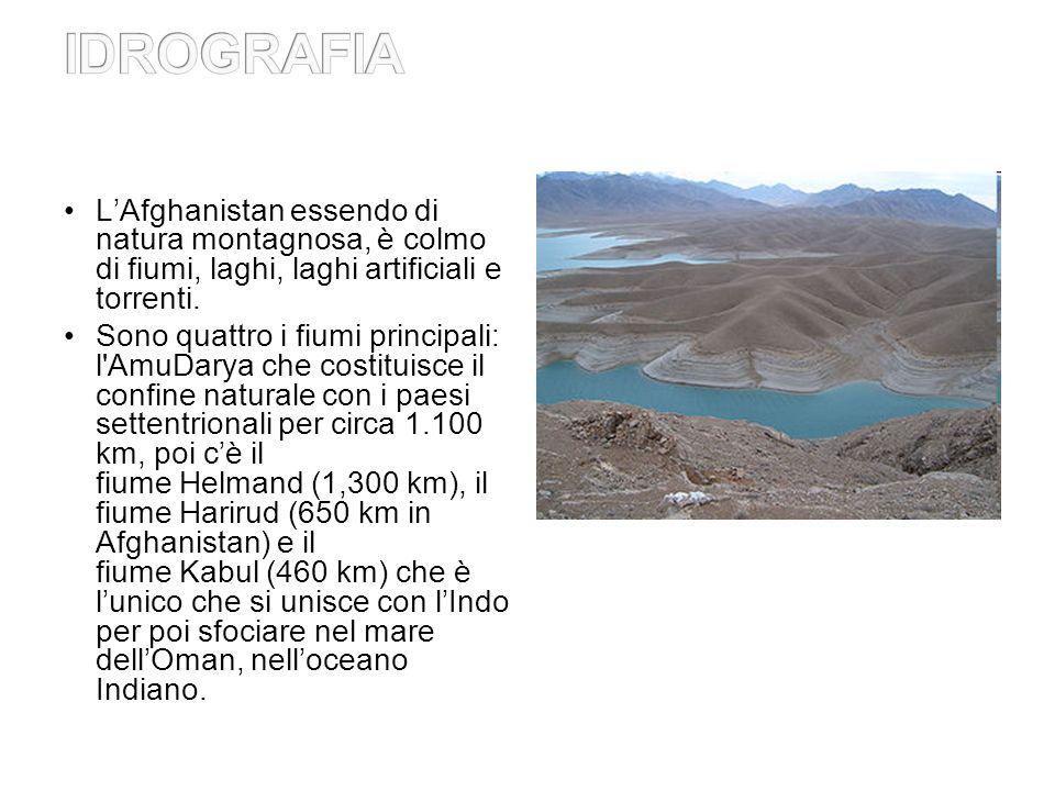IDROGRAFIA L'Afghanistan essendo di natura montagnosa, è colmo di fiumi, laghi, laghi artificiali e torrenti.